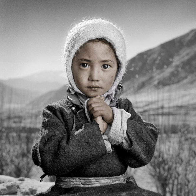 pemba-4-phil-borges-tibetanportrait
